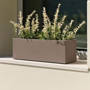 Décoration et aménagement de balcons et terrasses dans le pays de gex. Jardinières et pots plantes